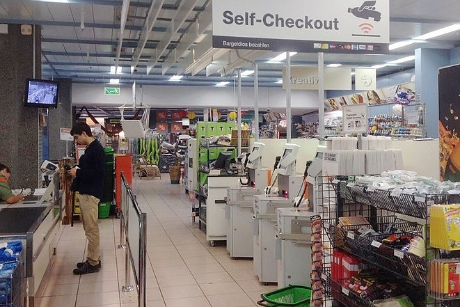 Caisse en self-checkout