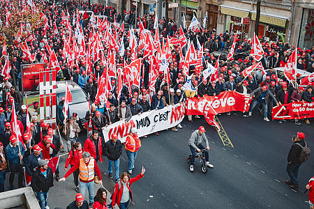 4000 Bauarbeiter protestieren am Montag, 5. November, in Lausanne